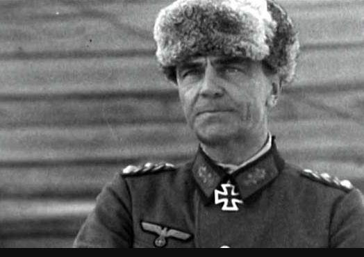 Правильный ответ теста - комадающий 6-ой армией Вермахта