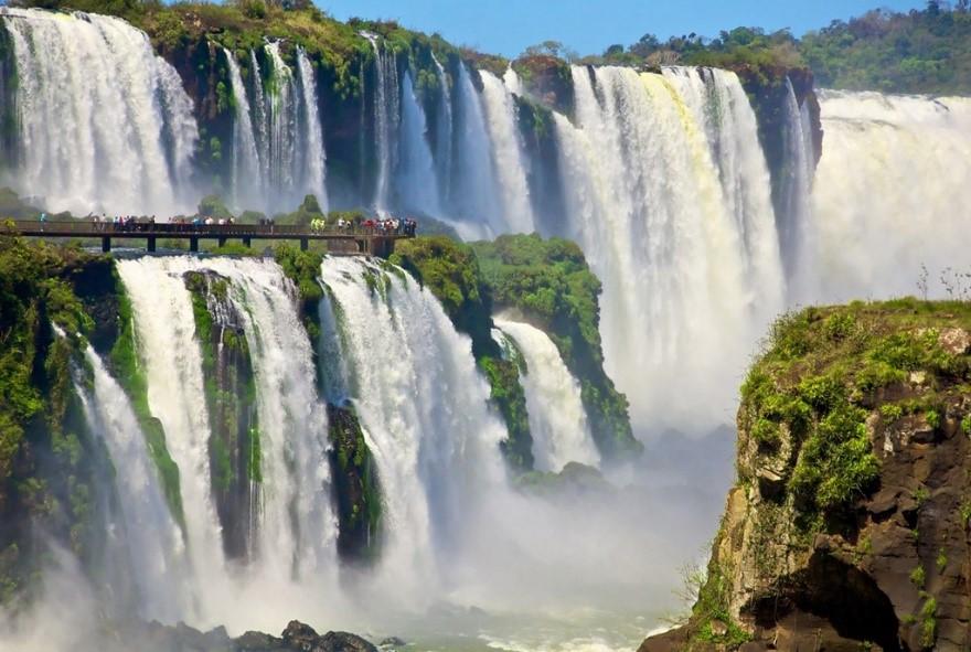 вопрос теста Водопад Игуасу