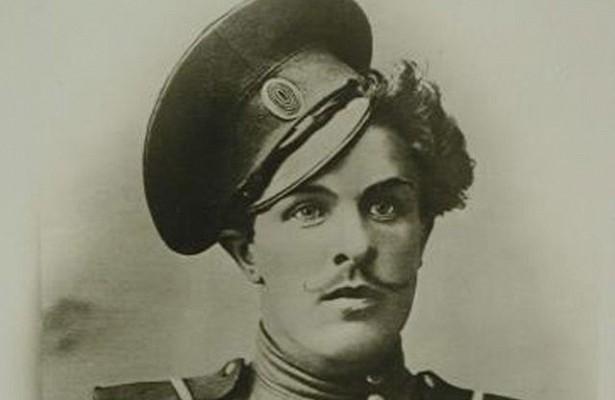 К. Крючков